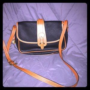 NWOT vintage Dooney and Bourke leather  bag